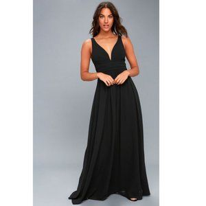 NEW Lulu's Leading Role Maxi Small Black
